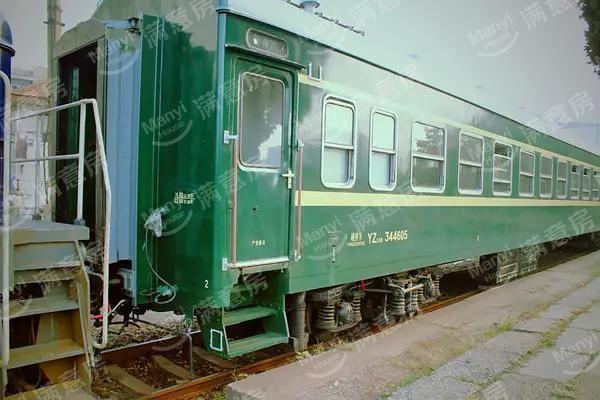 燕郊站绿皮火车